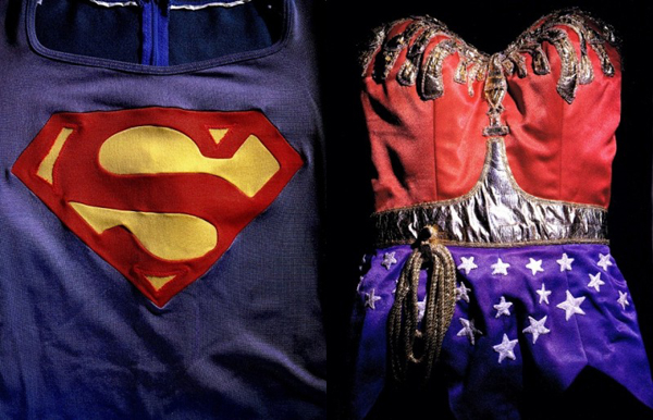 original-worn-costumes-superman-christopher-reeve-400x515